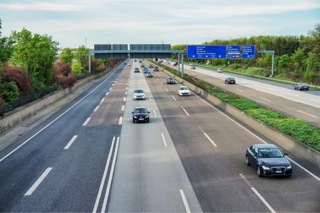 L'Allemagne désirait imposer une redevance sur les infrastructures dont la charge économique reposerait in fine uniquement sur les conducteurs étrangers. (Photo: Shutterstock)